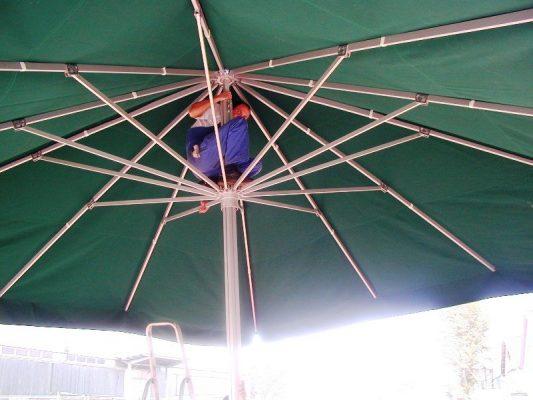 zöld nagy napernyő